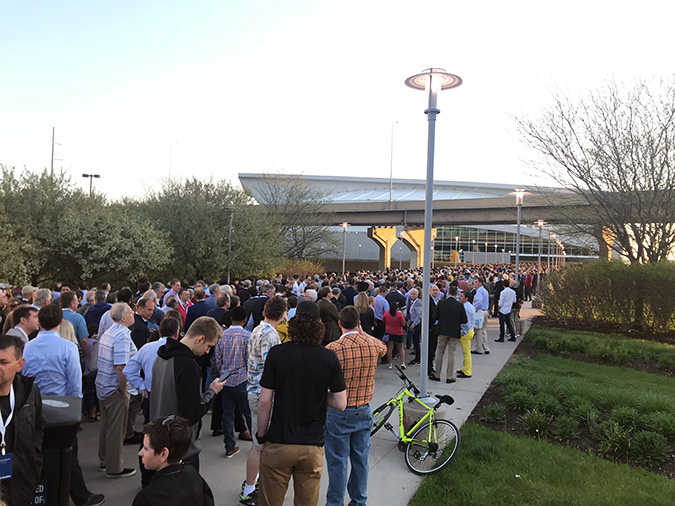 The line to enter the Berkshire Hathaway shareholder meeting at 6:45 a.m.